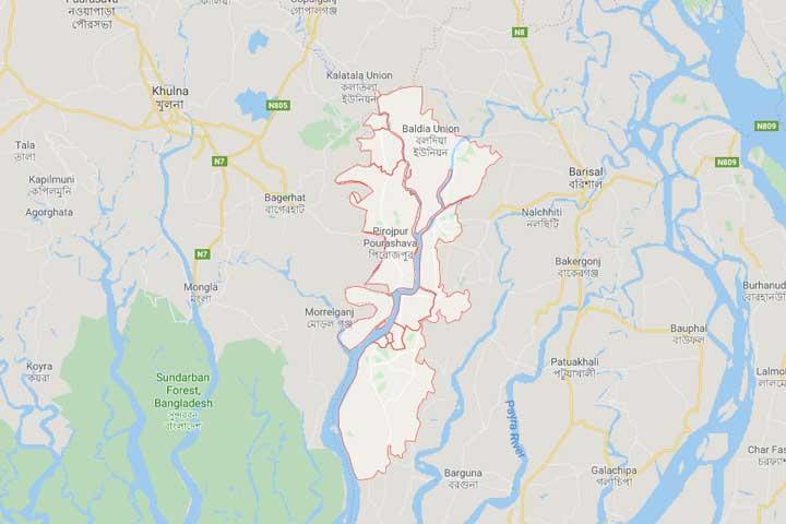 পিরোজপুরে বাসচাপায় অটোরিকশার ৩ যাত্রী নিহত
