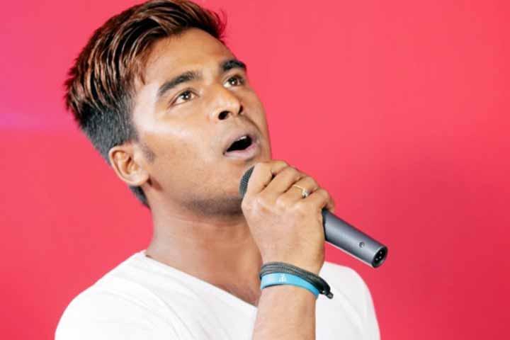 best expat singer Bogura's Sohan