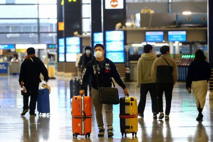 Japan to remove travel ban for 10 countries starting in Oct