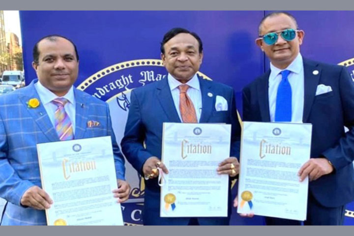 Three Bangladeshis were awarded Corona Hero in US