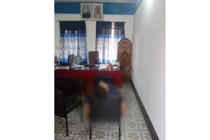 সরকারি অফিসে ঢুকে ইউপি সদস্যকে গুলি করে হত্যা