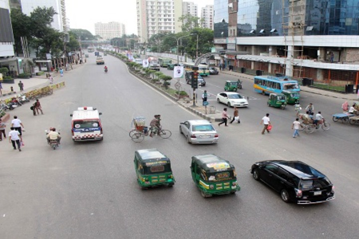 Crisis and suffering of public transport in Dhaka metropolis