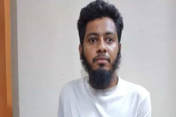 Madrasa student arrested in attack on Brahmanbaria police station
