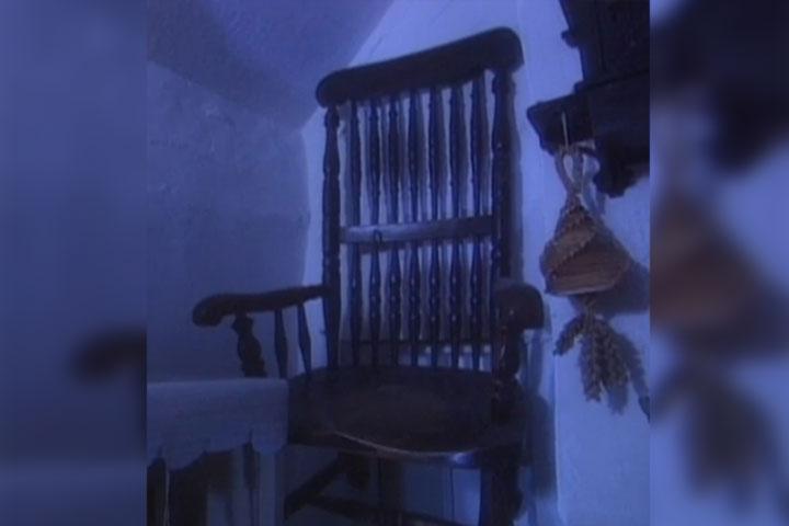 Chair of Death, অভিশপ্ত যে চেয়ারে বসে মারা গেছেন অনেকে