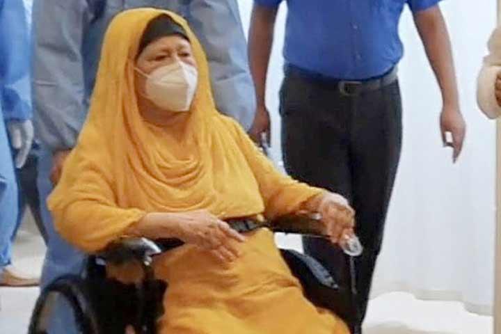 খালেদা জিয়াকে বিদেশে নিতে 'মৌখিক অনুমতি'