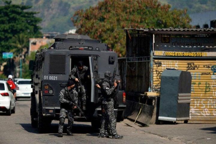 At least 25 killed in Rio de Janeiro shootout