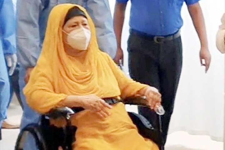 খালেদা জিয়ার বিদেশে চিকিৎসায় আইন মন্ত্রণালয়ের 'না'
