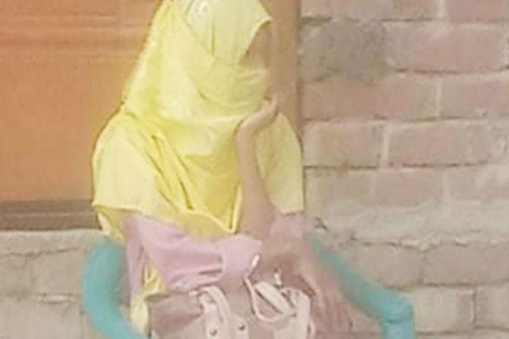 প্রেমিক বিয়ে করায় এক সন্তানের জননী হাজির