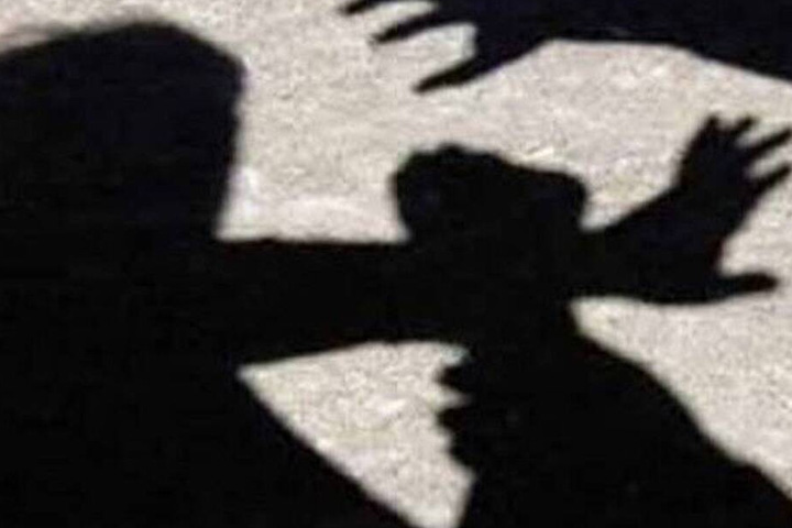 a man allegedly attacked by his girlfriend in WB