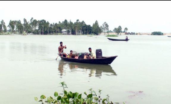 সিরাজগঞ্জে যমুনার পানি বাড়ায় বন্যার আশঙ্কা