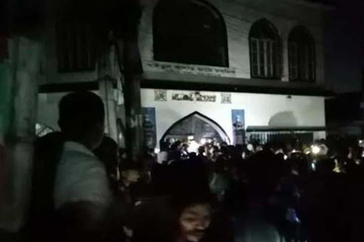AC blast at Narayanganj mosque, 37 burned