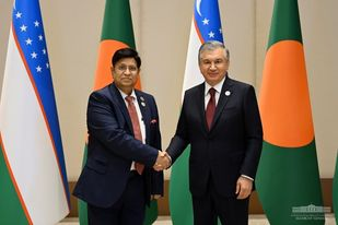 Foreign Minister holds meeting with Uzbekistan President